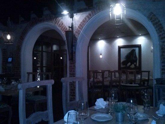 Azahar Restaurante Guatemala: ambiente en la noche