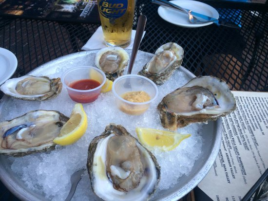 The Rouxpour Restaurant & Bar: Oysters