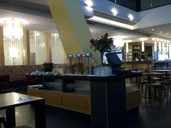 Nice and quiet breakfast picture of pegasus apart 39 hotel for Appart hotel melbourne