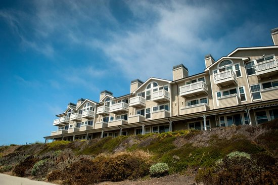 Beach House at Half Moon Bay: Beachside