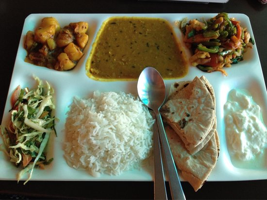 Green Hotel: Amazing Indian thali!