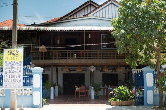 Le Tonlé Restaurant and Guesthouse