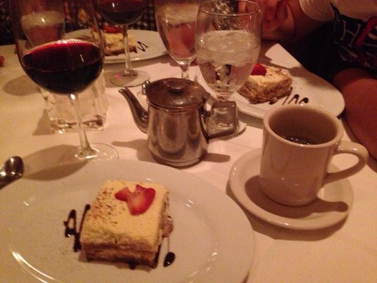 Greystone Prime Steakhouse & Seafood: Hora del postre!!