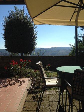 Piccolo Hotel La Valle Pienza : terrace where you can take your breakfast