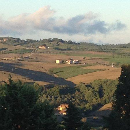 Piccolo Hotel La Valle Pienza : view of the valley