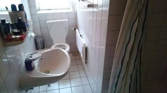 City Apartment Hotel Hamburg: Lazienka