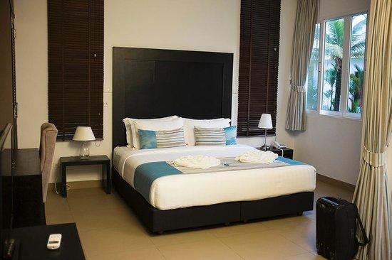 Mango Beach Resort: Bungalow bedroom