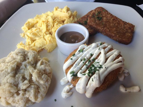 Old Vine Cafe : Southern Brunch with fried green tomatoes
