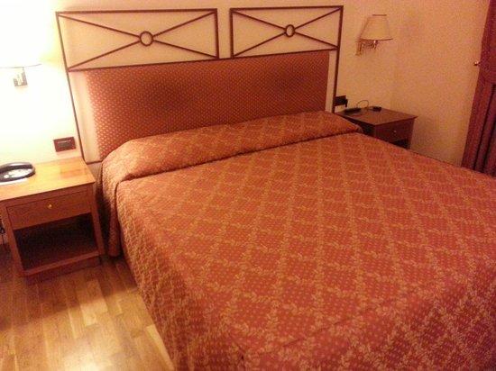 Hotel Semifonte: Letto