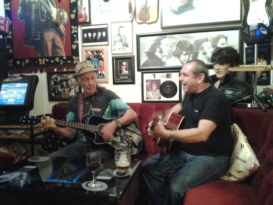 The Newlands Hotel: 'Jamming' session