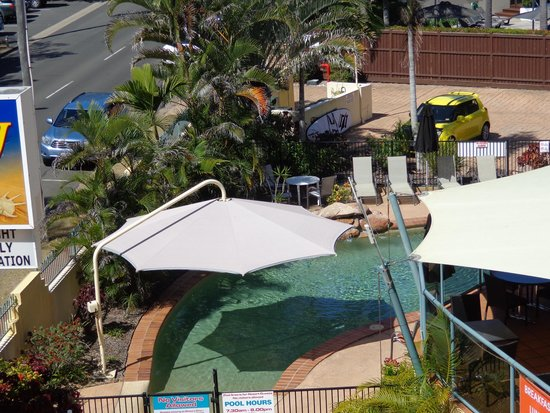 Shelly Bay Resort: View of the pool