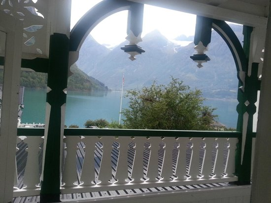 Hjelle Hotel : View from the patio