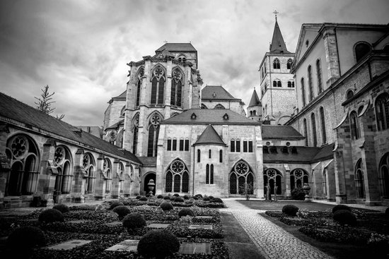 St. Peter's Cathedral (Dom) : St Peter's Trier exterior