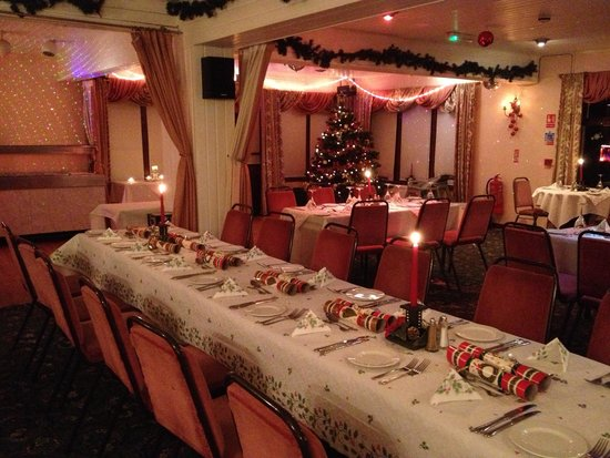 The Manor Country House Hotel: christmas Cheer