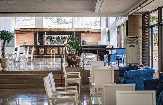 Palmariva  Beach Bomo Club : mythos bar