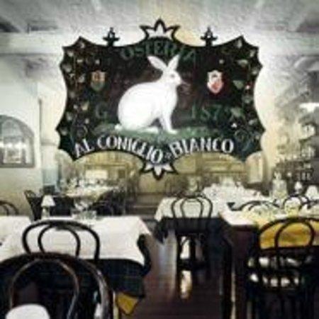 Al coniglio bianco: L'Osteria