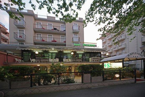 Photo of Hotel Splendor 3 Stelle Rimini