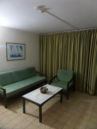 La Florida Apartments : room