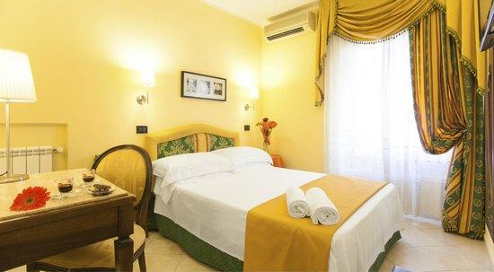 Photo of Hotel Tuscolana Rome