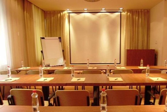 Ambient hotel Domzale: Conference rooms