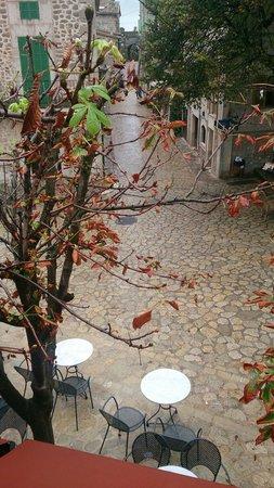 Cappuccino Valldemossa: Uitzicht vanaf de eerste verdieping
