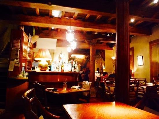 Bhavani Indian Restaurant: cozy restaurant