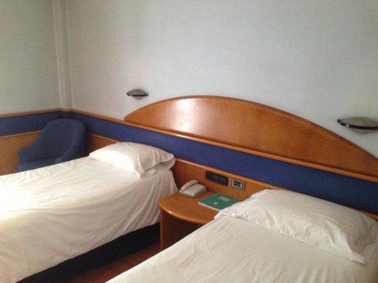 Hotel Agumar : Room in Madrid