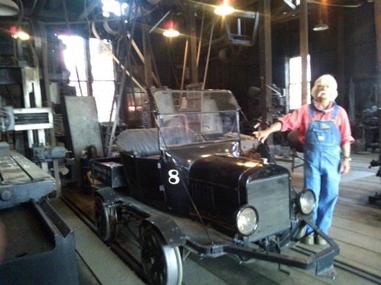 Railtown 1897 State Historic Park : A rail road car for officials