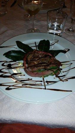 Il Casale del Baco : Filetto alla Nerone. . Ottimooo. ..