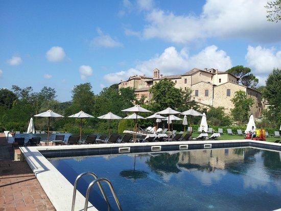 Castel Monastero: プールがいい