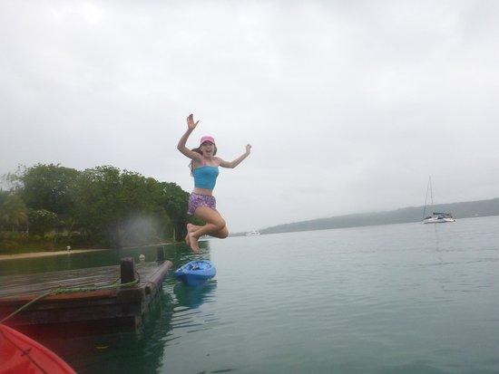 Aore Island Resort : Jetty jump