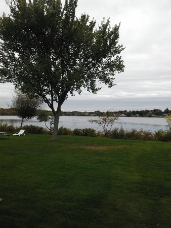 The Lakeside Inn: Lake view from the room