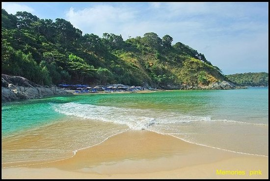 Rawai, Tailandia: น้ำทะเลใสสะอาดน่าเล่น