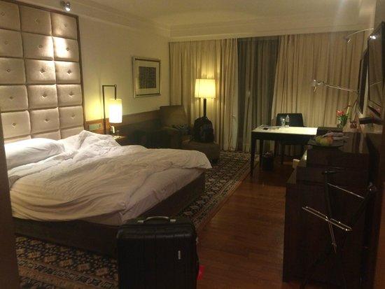 InterContinental Marine Drive: Room - comfortable beds
