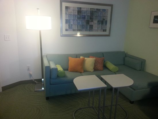 SpringHill Suites Charlotte Ballantyne Area : Sofa bed with chaise