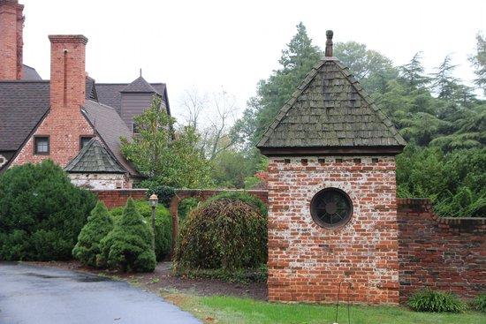 Longacre: Front Entrance