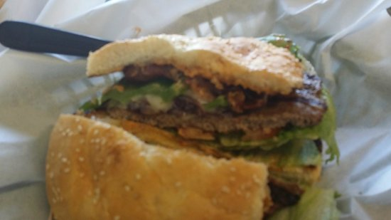 Bronco Burger: With Grilled Jalapeno! Nice