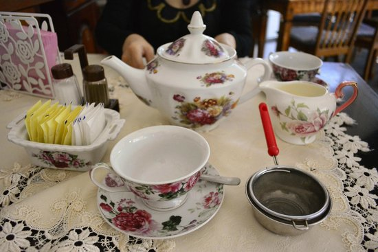 The English Tea Room: english tea set