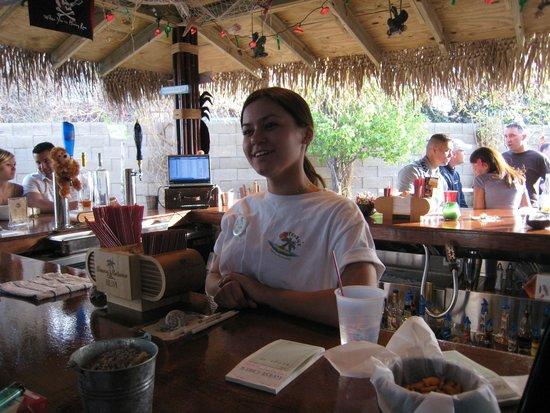 The ConCorde Inn : Castaways Tiki Bar