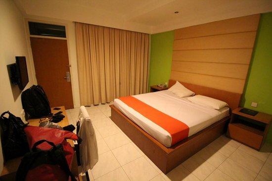 Griya Asri Hotel : Room
