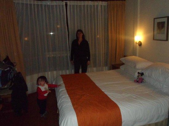 Manquehue Santiago Las Condes: Andrea y Tiziano en la habitación