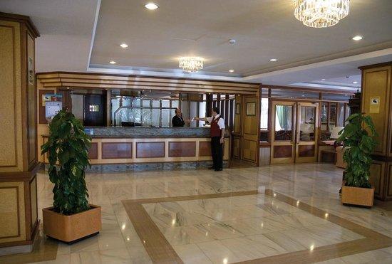 Hotel Riu Concordia: Hall