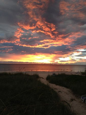 Gulfside Beach Club: Gulfside Sunsets are spectacular