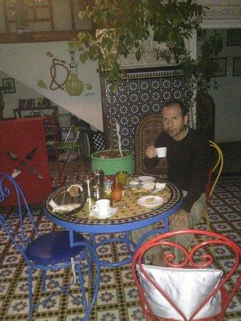 Les Couleurs de l'Orient: COLAZIONE
