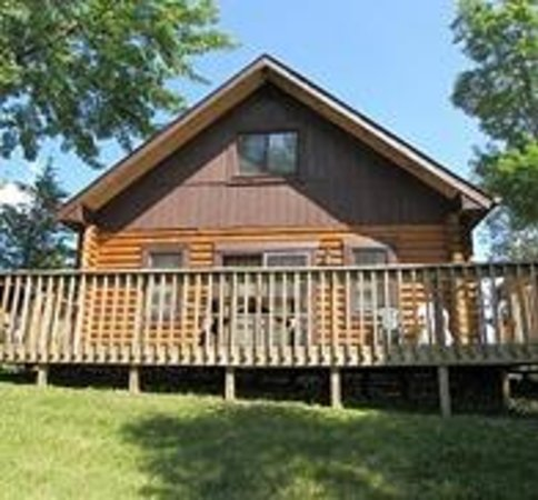Deer Ridge Resort: Cabin 5 three bedroom