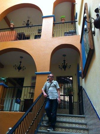 El Meson de los Poetas: Las escaleras!