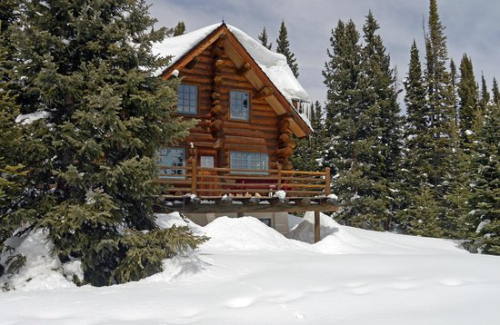 Backcountry Hut Complex Suitable For First Timers Review