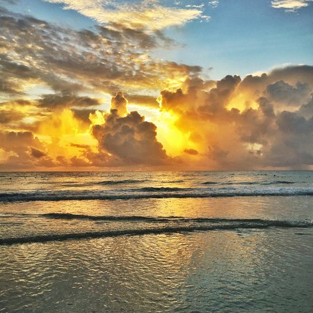 Playa Maroma, Mexico: Sunrise (it was unbelievable)