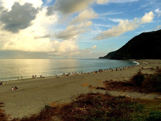 Wujie, Yilan: Lover's Bay/Neipi Beach in the Late Afternoon