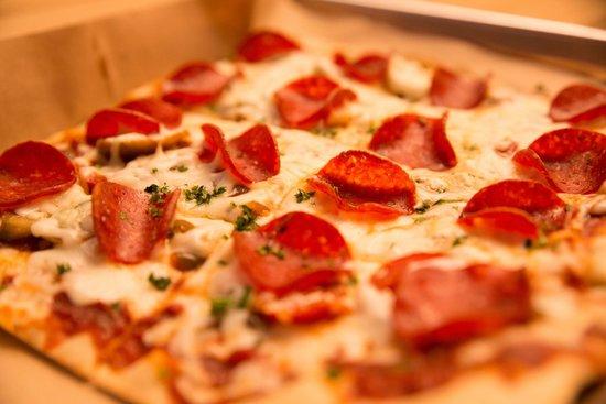 Stonedeck Pizza Pub